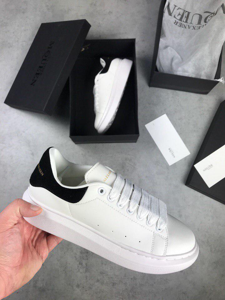 Женские кроссовки Adidas Alexander McQueen Oversized Sneaker White Black. Живое  фото (Реплика ААА+) c01256531c5ae
