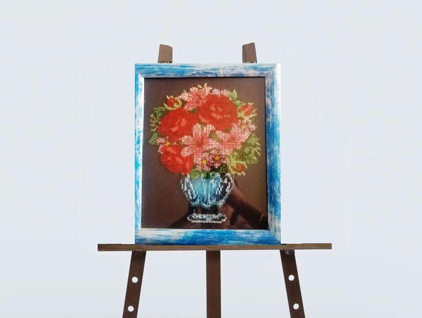 """Картина вишита """"Ваза з квітами"""" (бісер)"""