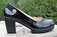 Туфли женские на удобном каблуке лаковые черные (Код: Т472а)