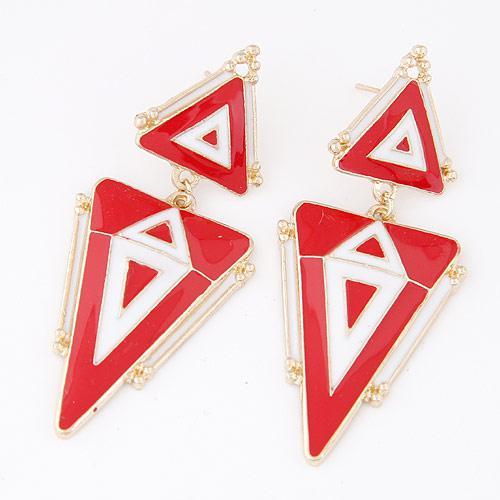 Серьги длинные Красные треугольники  S004444