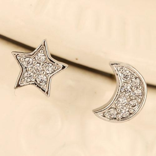 Сережки разные Луна и звезда под серебро S004997