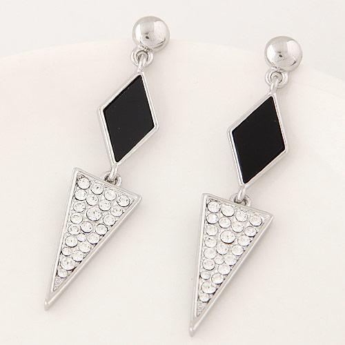 Длинные сережки Ромб черный и треугольник под серебро S005508