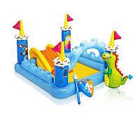 Игровой центр 57138 185-152-107см, замок, с горкой, надувные игрушки (копье и щит),