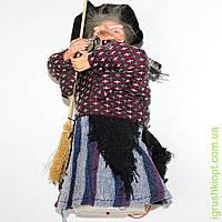 Баба Яга с метлой, светится, издает звуки, дрожит, 23 см