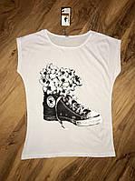 Женская футболка белая