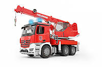 Пожарный автомобиль Bruder MB Acros M1:16 с краном, светом и звуком (03675)