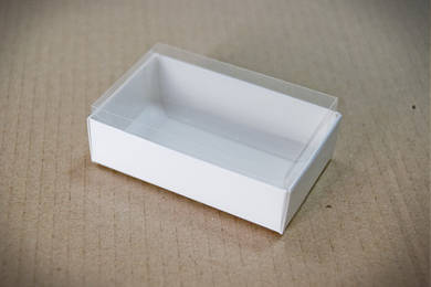 """Универсальная коробка с прозрачной крышкой """"Белая 9,5*6*3 см"""""""