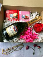 Подарочный набор Sweet Love в подарочной коробке