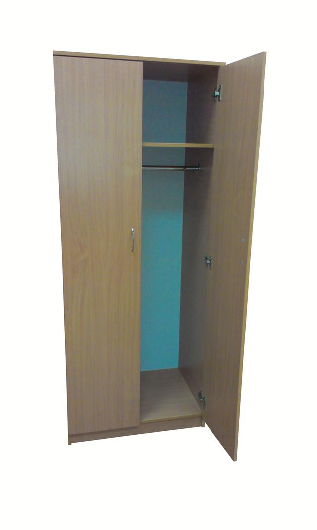 Офисный шкаф для верхней одежды