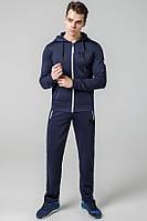 Модный спортивный мужской костюм. Спортивный стильный костюм мужской. Спортивный костюм. Костюм спортивный.