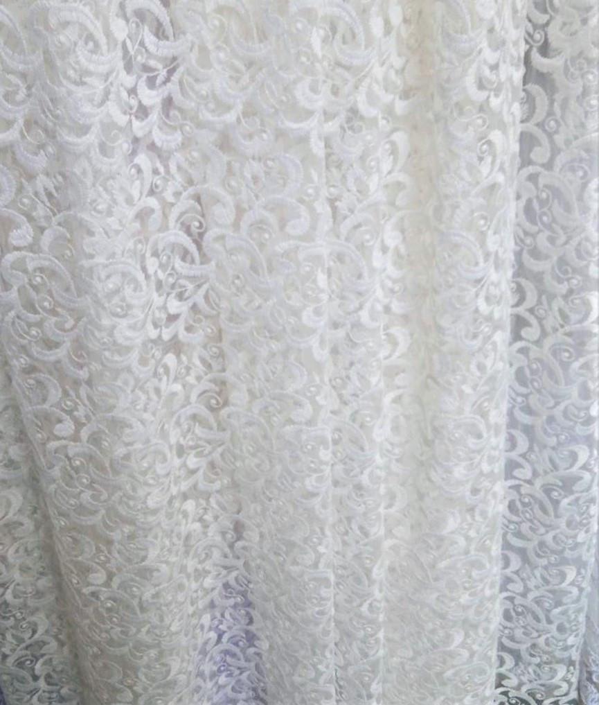 Гардинная ткань с вышивкой по низу (белая)