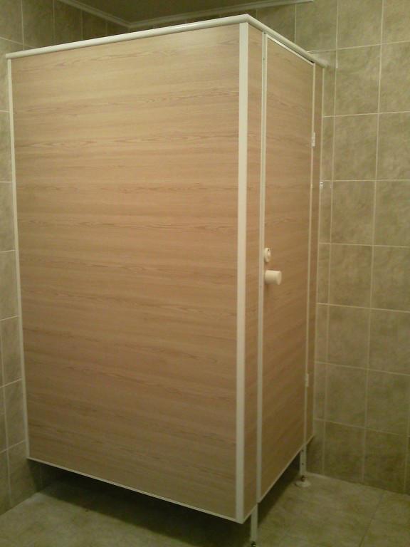"""Туалетные перегородки """"Эконом"""", изготовление и монтаж"""