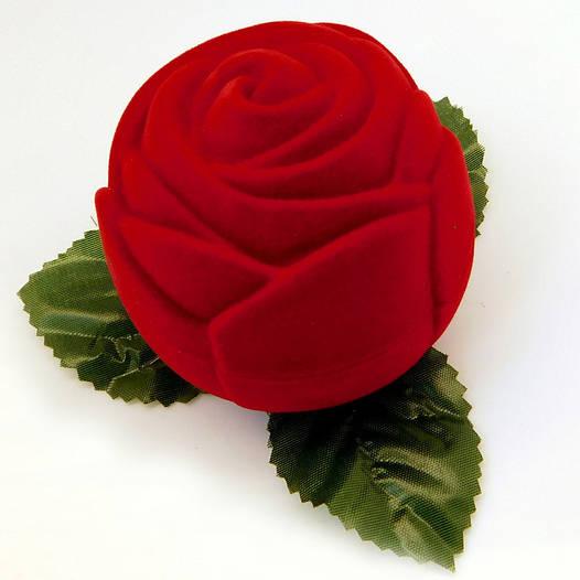 Футляр Большая Роза для кольца-серег красный бархат, размер 6*6 см