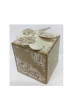 Упаковочная коробочка декоративная ажурная
