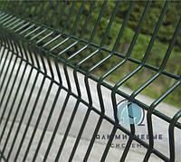 Ограждение / Забор секционный 1,26 м х 2,5 м из сварной сетки с полимерным ПВХ  покрытием. Проволока d 4*4 мм