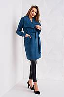 Женское пальто из букле с поясом джинсового цвета