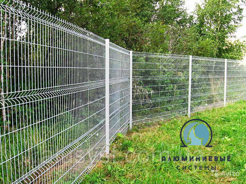 Забор секционный 2 м х 2,5 м из сварной сетки оцинкованной. Эконом