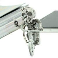Брелок Скелет на байке с сигарой