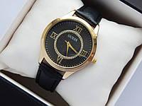 Женские наручные часы Guess, золотистого цвета на черном кожаном ремешке, со стразами, фото 1