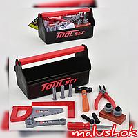 Набор инструментов для маленького мастера