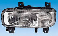 Фара передняя Mercedes Atego левая 0318076323 BOSCH