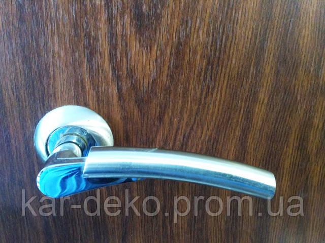 фото Ручка на розетке Кедр 10.021 kar-deko.com
