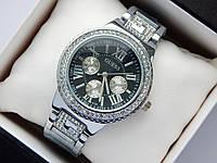 Женские наручные часы Guess серебристого цвета, с буквой G на браслете, фото 1