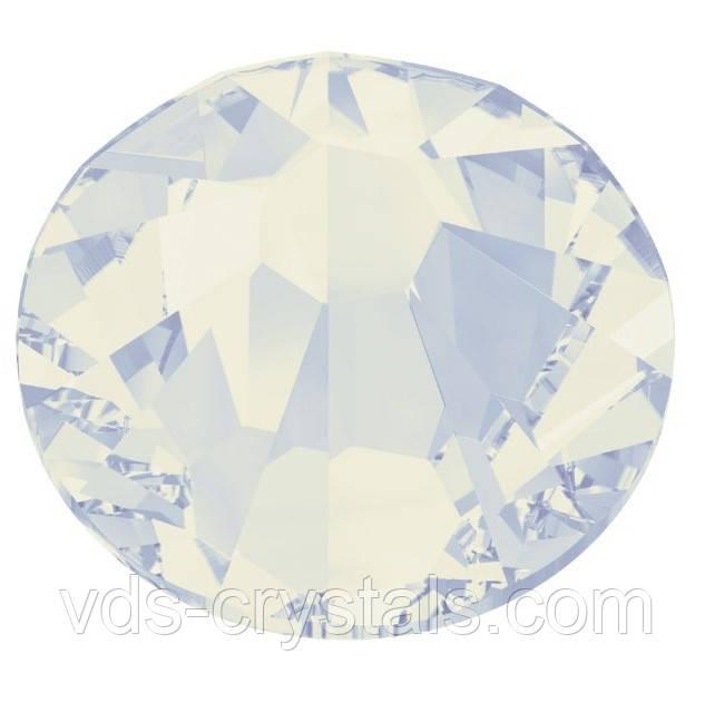 Стрази Swarovski для нігтів 2058 White Opal ss 7 (100 шт)