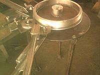 Приспособление для изготовление колец из круглого профиля