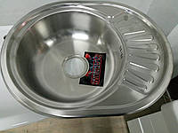 Врезная кухонная мойка Platinum 57*45*17 Electro-Satin 0.6 Мини-кепка, фото 1