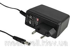 GS15E-1P1J AC DC адаптер питания 5В, 2,4А Mean Well