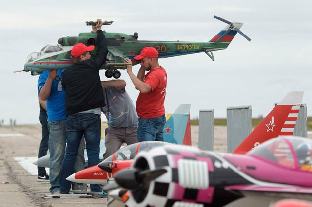 радиоуправляемая модель вертолет
