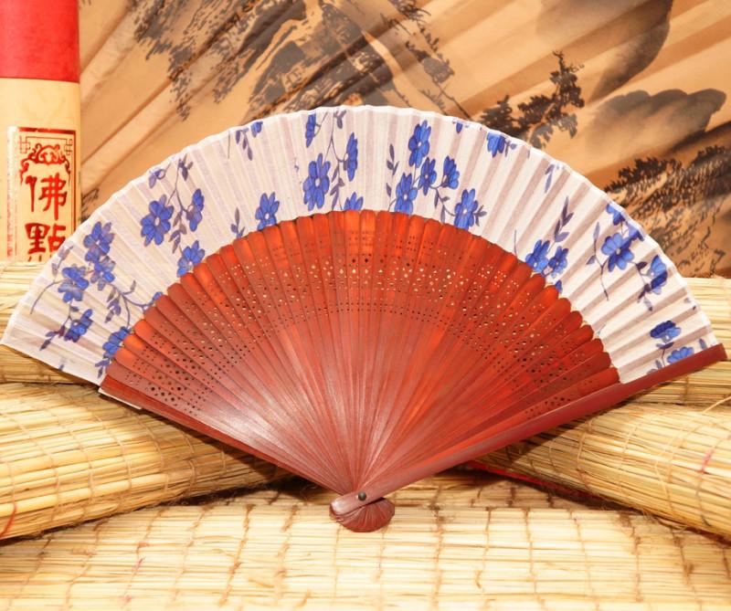 Веер шелковый бамбук