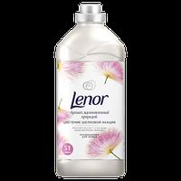 Кондиционер для белья Lenor Вдохновение от природы Цветы шелкового дерева, 1,78 л