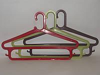 Разноцветные двух ярусные вешалки плечики 43см пластмассовые