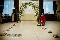Свадебная арка в аренду цвет марсала столик и спилы
