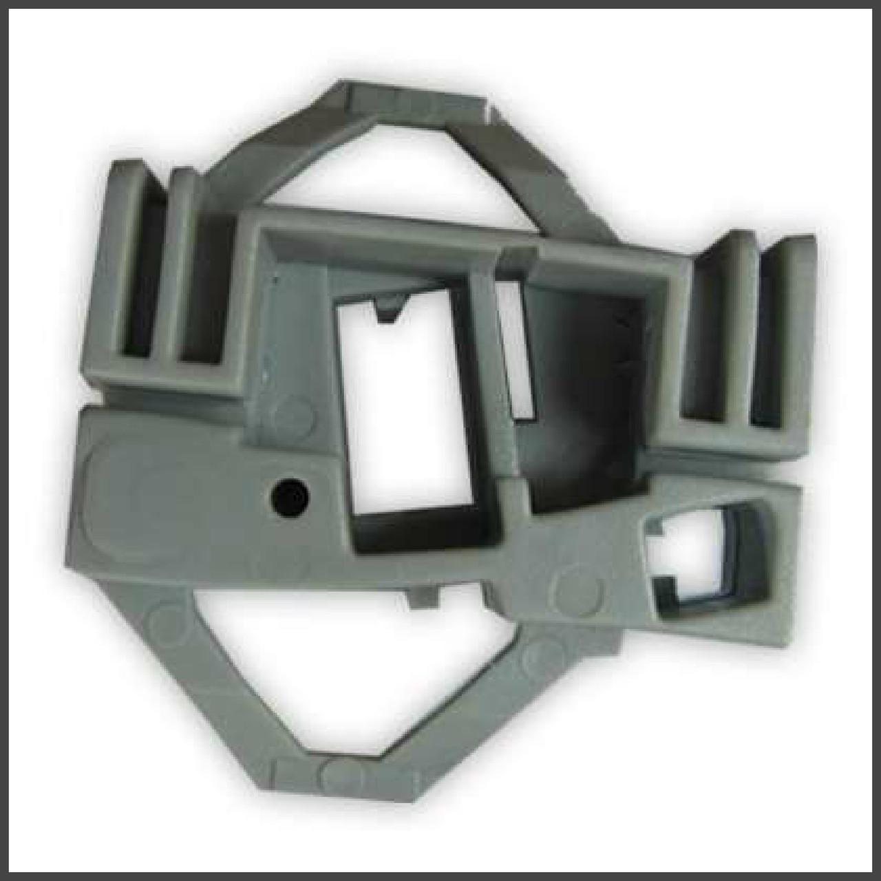 Механизм стеклоподъемника фиксатор скрепка передняя правая дверь Seat, Skoda, Volkswagen (Front R)