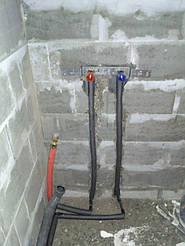 Установка и вывод труб под ванную