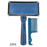 Trixie  TX-2354 Щетка-пуходерка мягкая с деревянной ручкой + расчёска 13 х 9 см