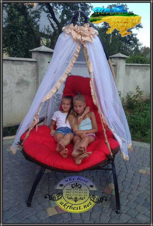 Кресло-кровать Ego - раскладное подвесное кресло качалка для двоих. Коричневый и красный цвет, с мягкой подушкой и накидкой.
