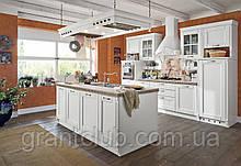 Белая кухня в стиле кантри из натурального дерева ALBA фабрика AR-TRE (Италия)