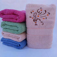ЛИЦЕВОЕ махровое полотенце с вышивкой. Махровые полотенца фото 102-2