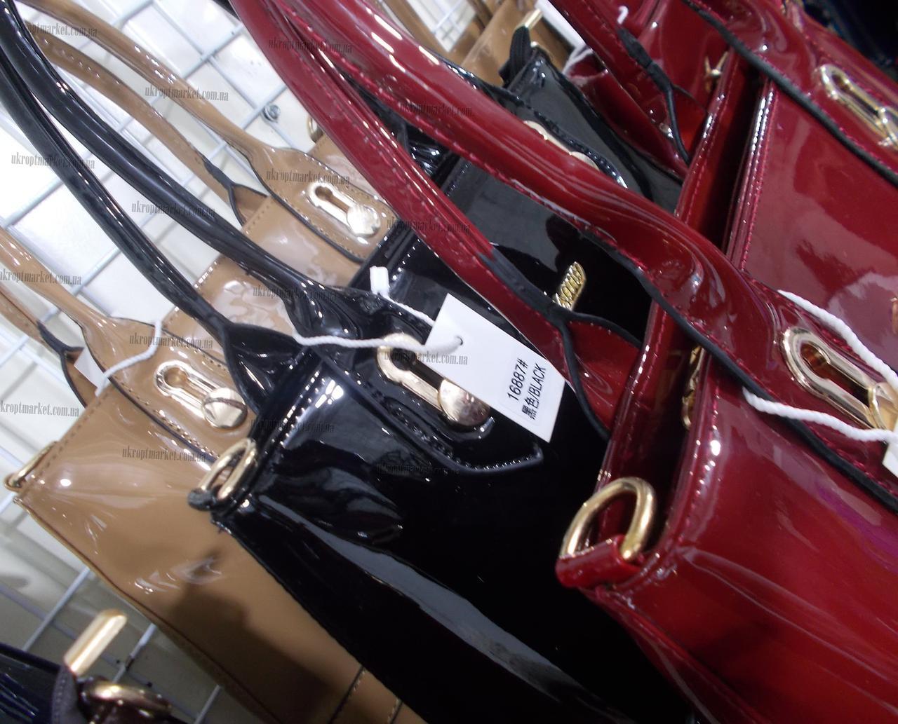 6d3ad8746172 Женская сумка лакированная (32x26см)
