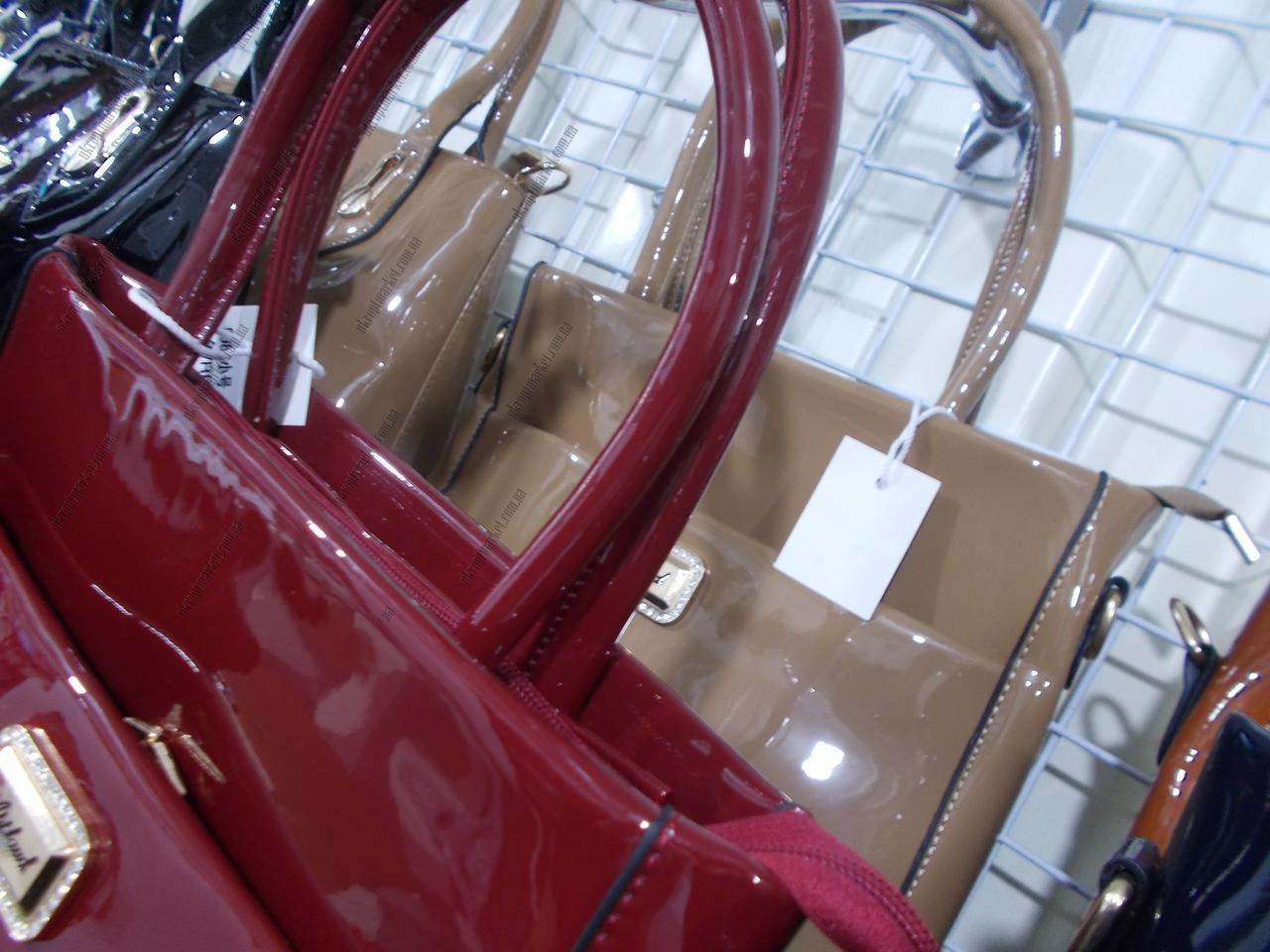 bba2a6d25149 Женская сумка лакированная (28x23см)