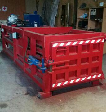 Пресс горизонтальный для ТБО - 30 тонн