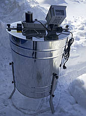 Медогонка 4х рамочная электрическая с поворотом кассет LYSON (Польша)., фото 3