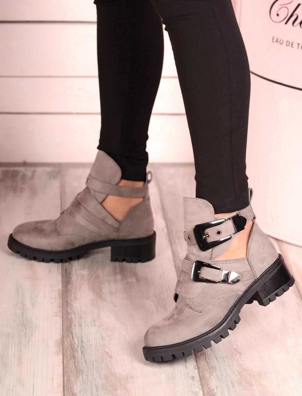 Серые ботинки Michael Kors. Аналог