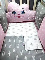 """Комплект в детскую кроватку """"Облачко для девочка"""". Бортик на 4 стороны и постельное белье"""