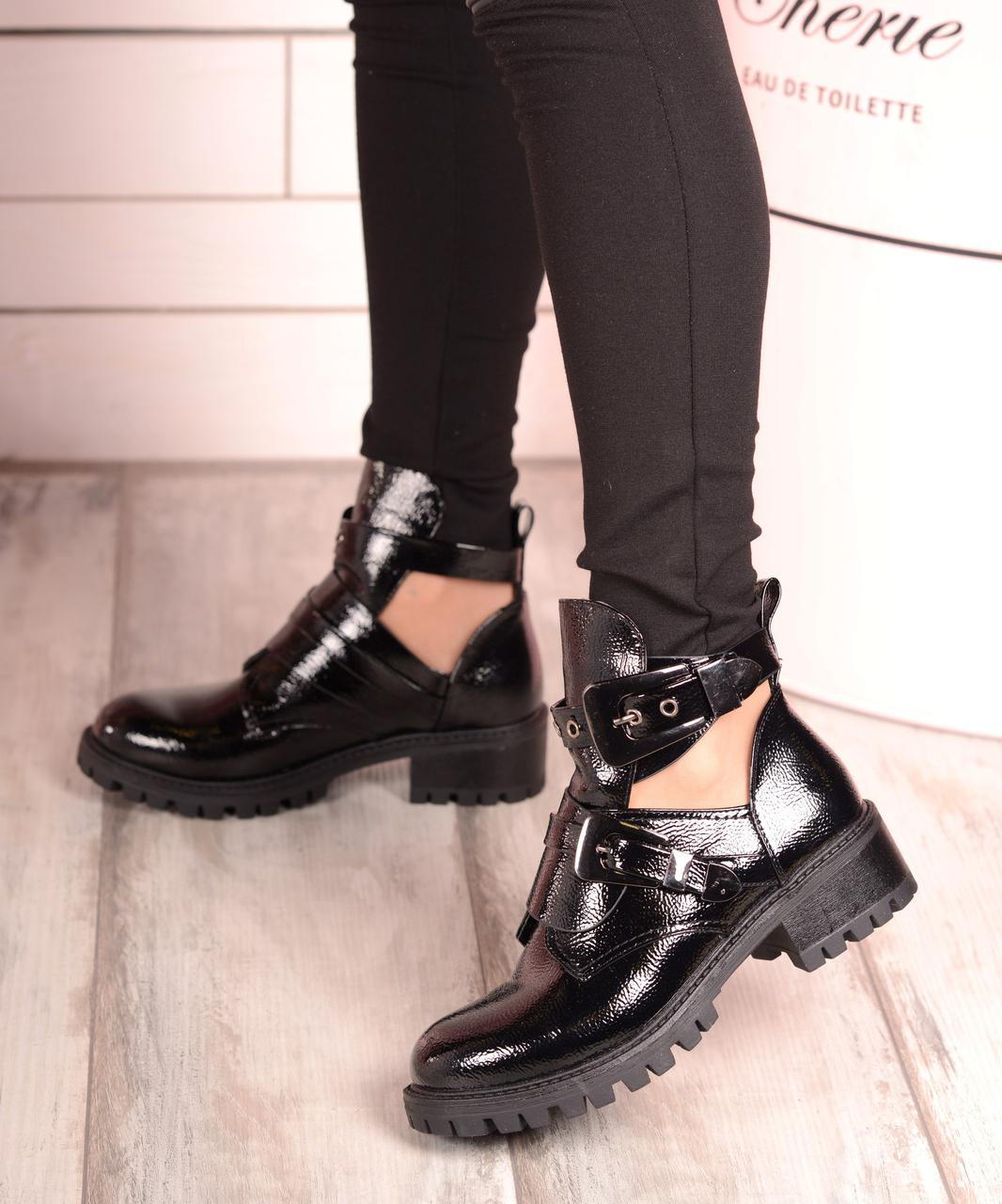 Лакированные ботинки Michael Kors. Аналог