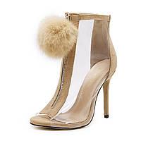 Прозрачные женские ботинки с помпоном